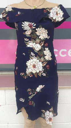 Navy Floral Off Shoulder S10